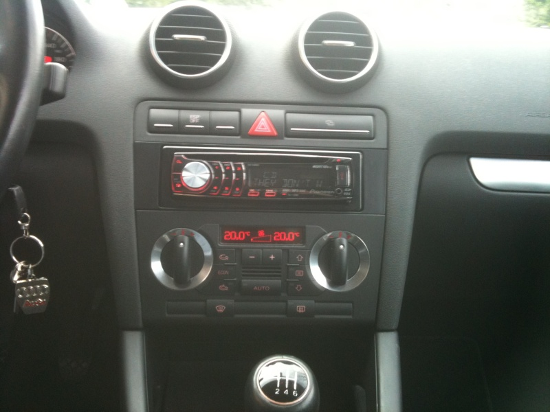 cd audi a3 sportback 2005 car audio audi club bulgaria. Black Bedroom Furniture Sets. Home Design Ideas