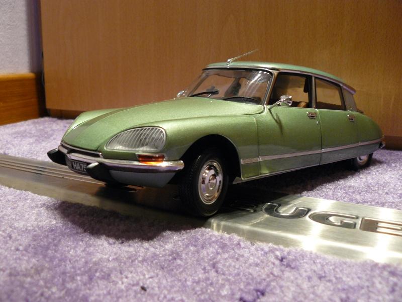 Planete 205 ma petite collection de miniature les for Moquette 205 cabriolet