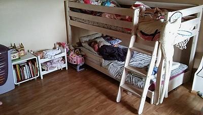 lit kura ikea version superpos s. Black Bedroom Furniture Sets. Home Design Ideas