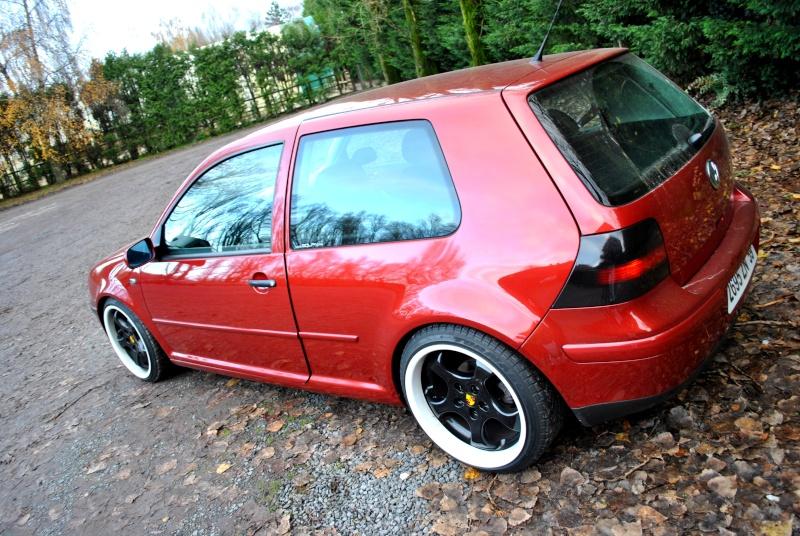 Golf iv 1 4 de vendu garage des golf iv 1 4 for Garage volkswagen henin beaumont