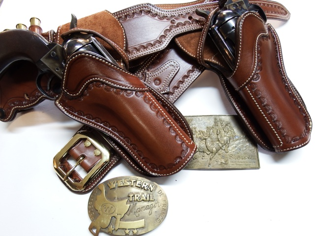 C A S HOLSTERS by SLYE