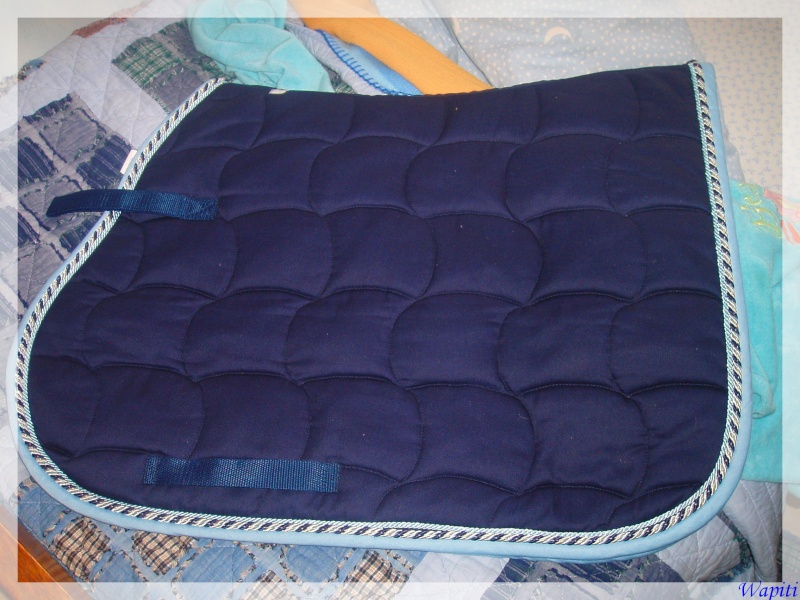 tapis hfi vendre. Black Bedroom Furniture Sets. Home Design Ideas
