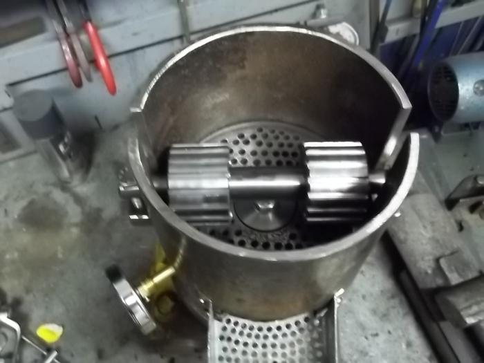 Macchina per pellet usata installazione climatizzatore for Impianto produzione pellet usato