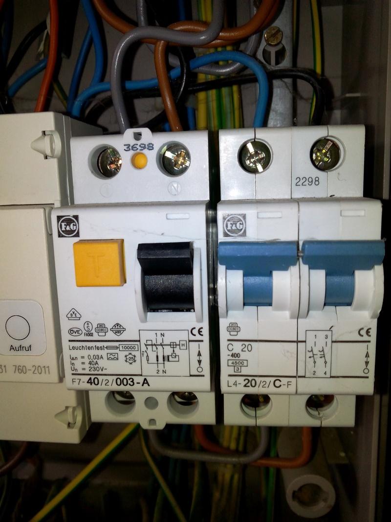 Aide branchement disjoncteur 32 a for Quelle section de cable pour alimenter un tableau electrique