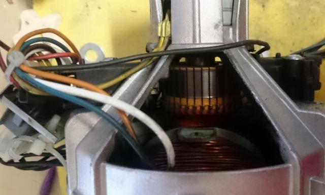 r cup ration moteur et controleur de vitesse d 39 un lave linge. Black Bedroom Furniture Sets. Home Design Ideas