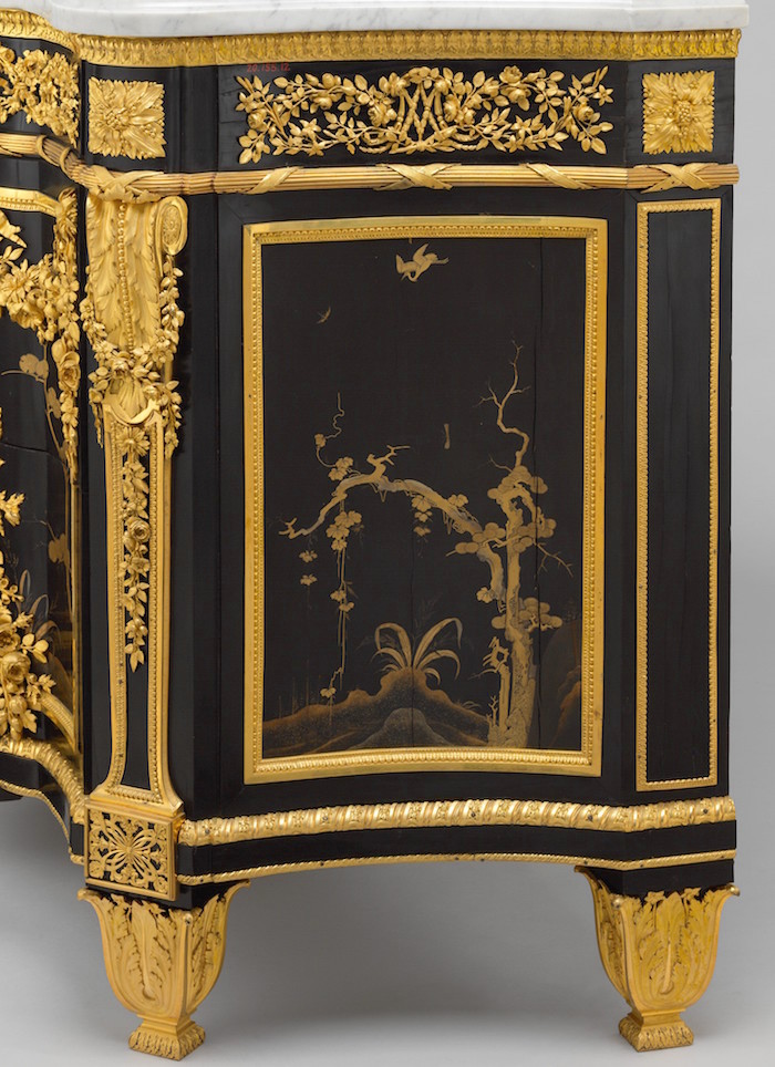 chinoiseries et meubles de marie antoinette par weisweiler macret et riesener. Black Bedroom Furniture Sets. Home Design Ideas