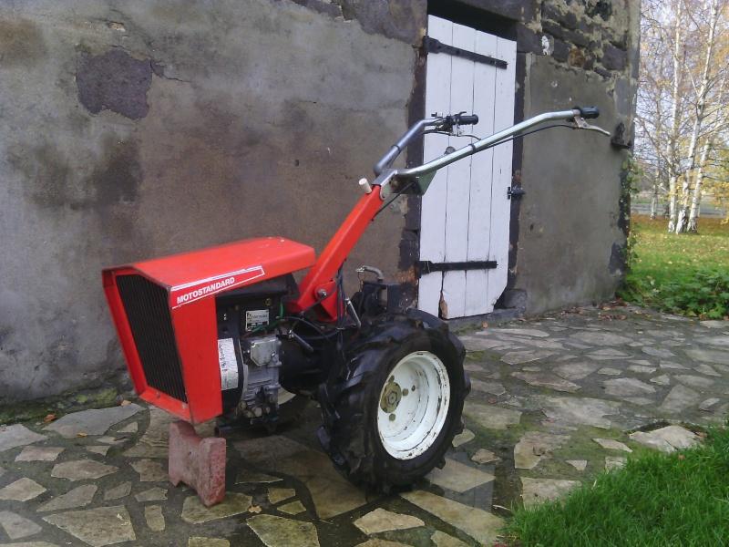 Motoculteur ferrari motostandard avec charrue huard - Motoculteur avec charrue ...