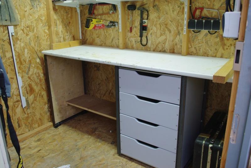 un tabli multifonctions page 3. Black Bedroom Furniture Sets. Home Design Ideas