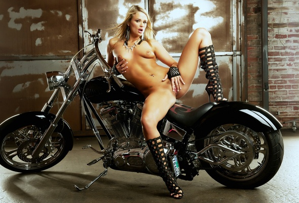 naked blonde girl ass in motorcycles