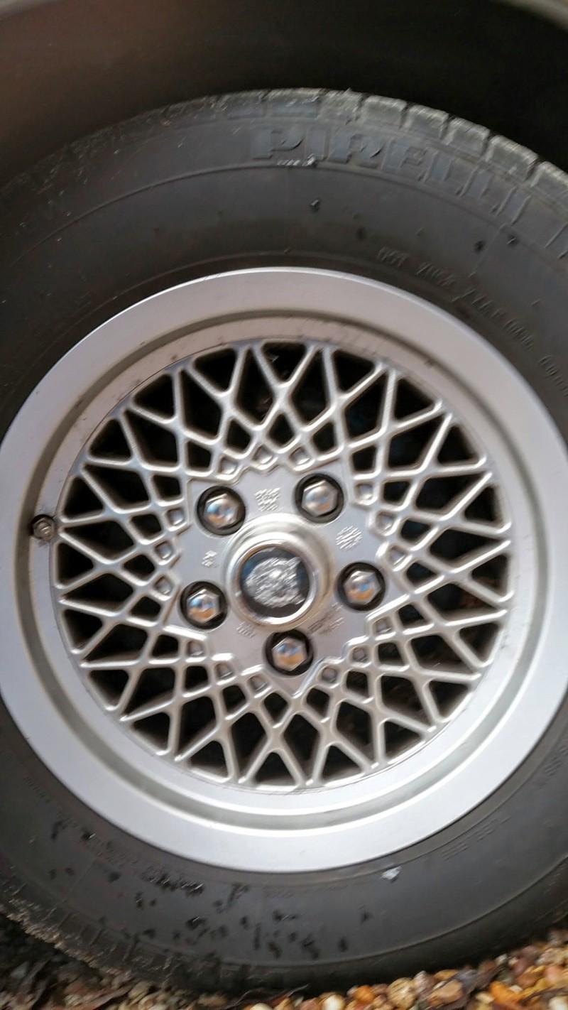 Jaguar xjs v 12 for Garage jaguar lille